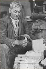 Belgian stone worker a century ago
